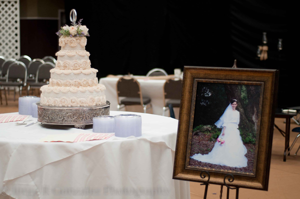 Traditional Southern Wedding Cake Photography Reception