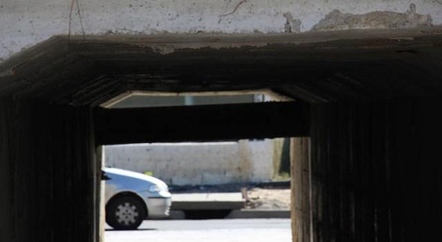 Adutora deste ponto da rodovia será desativada.                 Foto: Emanuel Soares / JCC