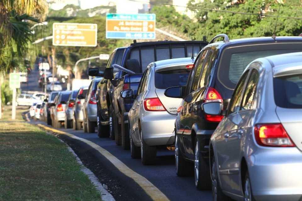 Projeto de lei excluirá tempo gasto em deslocamento da jornada de trabalho