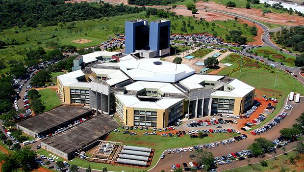 Confira a agenda dos candidatos à Prefeitura de Goiânia para sábado (27)