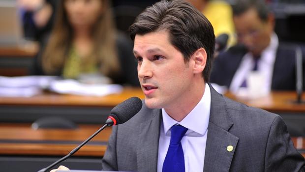 Pedido do deputado federal goiano Daniel Vilela (PMDB) foi aprovado pelo plenário da Casa | Foto: Zeca Ribeiro/Câmara dos Deputados