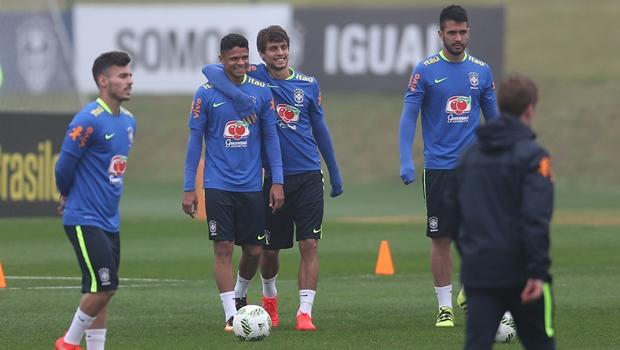 Seleção Olímpica de Futebol masculino chega em Goiânia nesta quarta para amistoso