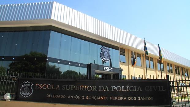 Segplan assina contrato para realização de concurso da Polícia Civil