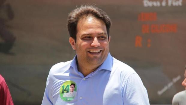 Eleitores colocaram Roberto do Órion nas ruas e retiraram o PT do mapa de Anápolis