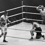 ** This Sept. 22, 1927 file photo shows Jack Dempsey going down on one knee during his heavyweight title fight against Gene Tunney, in Chicago.  www.imgarcade.com