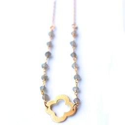 clover-lucky-necklace-labradorite-handmade