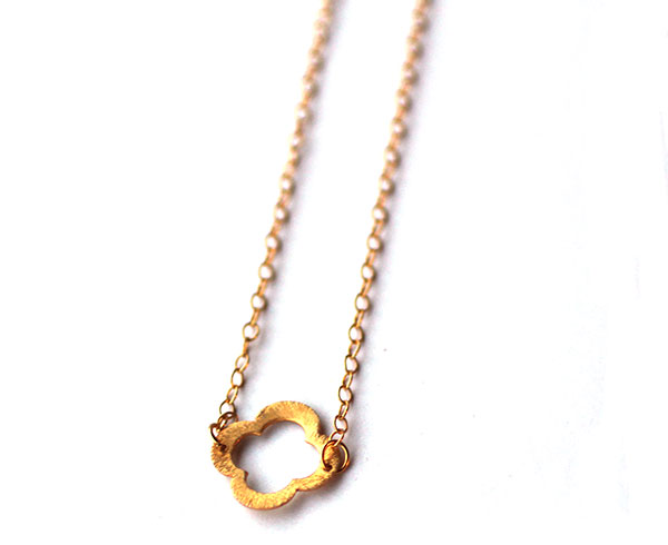 flower-simple-short-chain-gold-necklace-handmade-jewelry