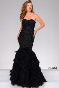 Black strapless sweetheart neckline mermaid gown with a ...