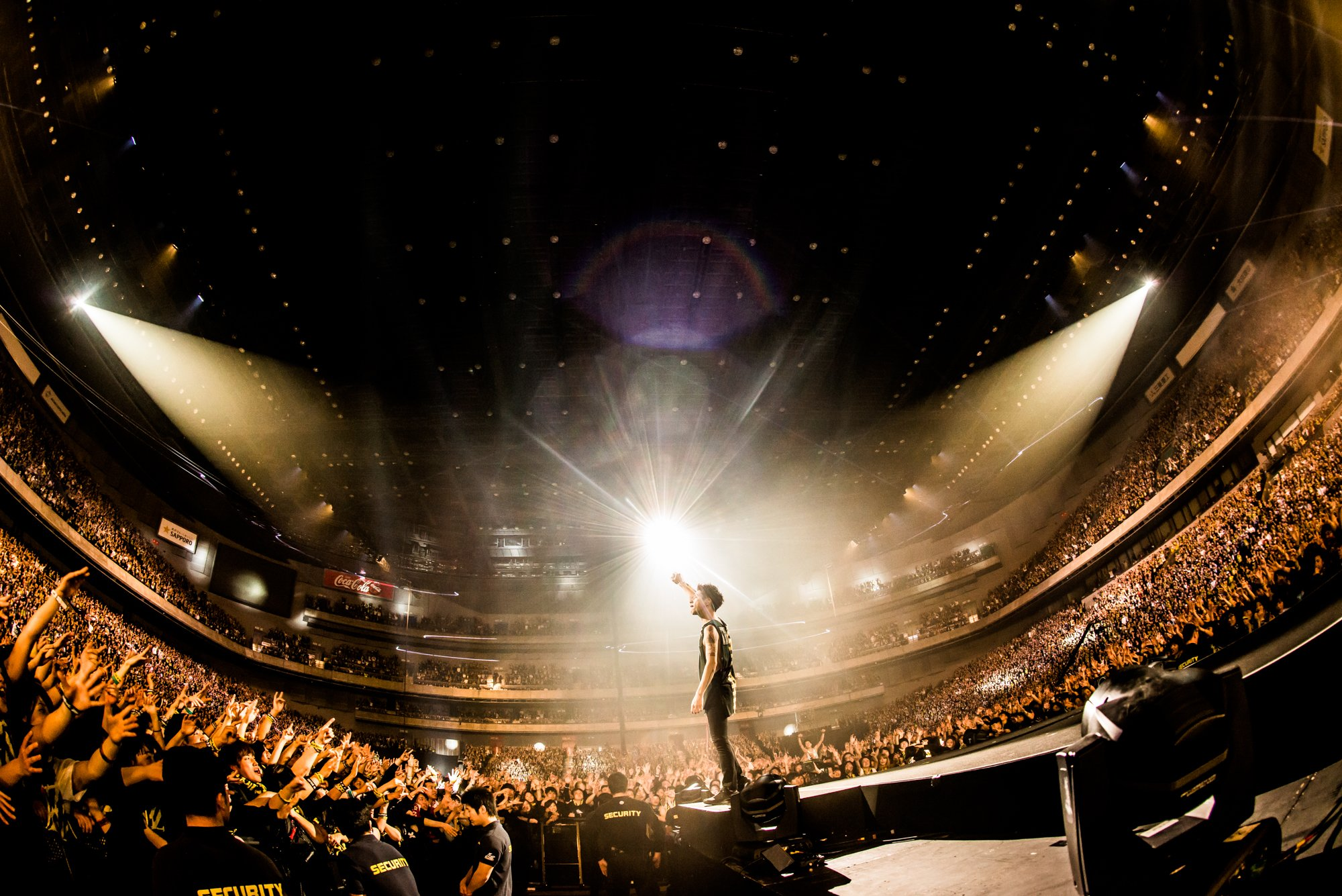 Black Home Wallpaper One Ok Rock Charges On With Quot Ambitions North American Tour