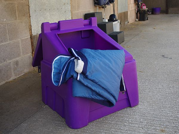 200 Litre Capacity Storage Box Feed Trunk Cl323