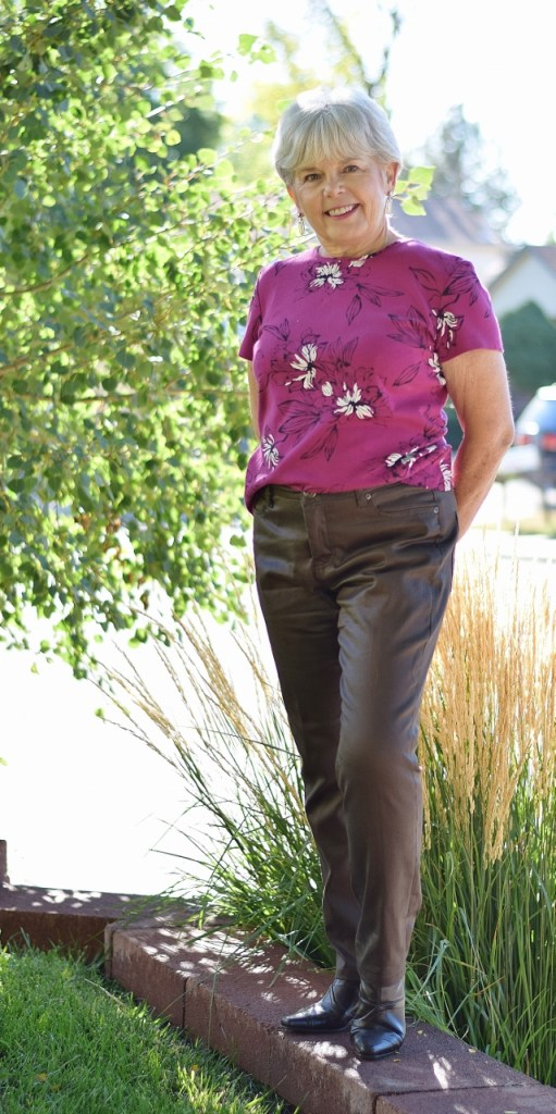 How to make your floral shirt less frumpy.