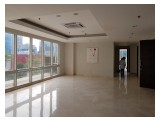 Di jual Cepat Apartemem The Masterpiece at Epicentrum luas 176m2, 3+1BR semi furnished (Private lift)