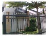 Dijual Segera 2 Rumah di Gandeng Di Bogor - 2 Lantai  4 + 1 BR Furnished SHM