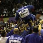João Derly foi ovacionado em sua despedida | Foto: Miguel Noronha / FGJ