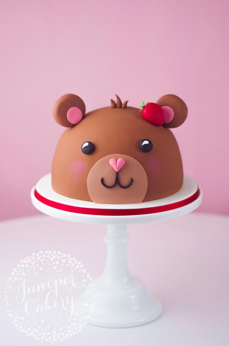 Teddy bear cake tutorial by Juniper Cakery