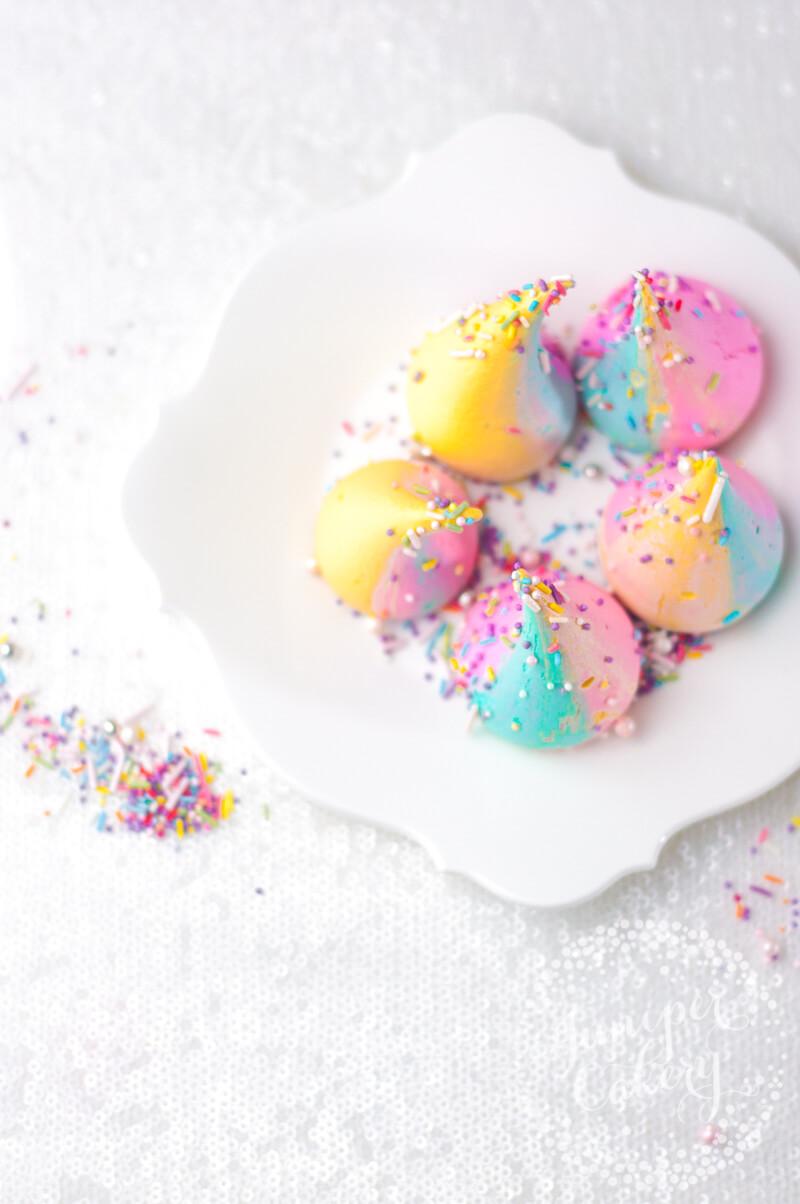 Bright unicorn poop recipe by Juniper Cakery