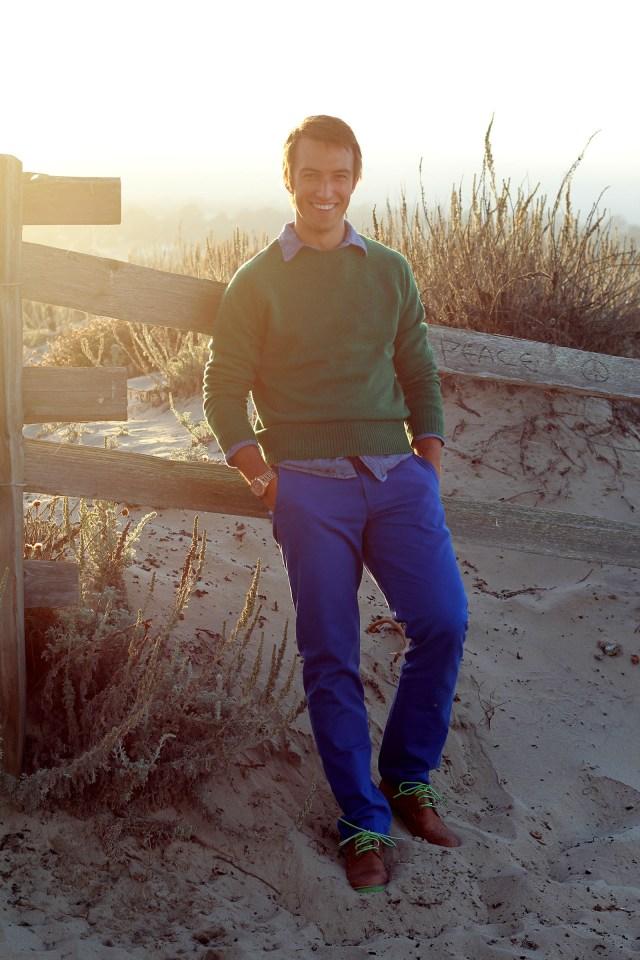 men's green sweater