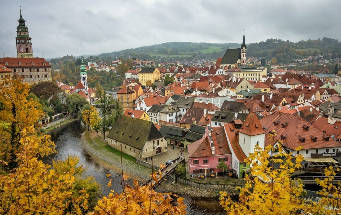 October Fall Wallpaper Experience A Fairy Tale Fall In Cesky Krumlov Just A Pack