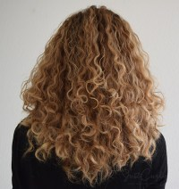 Coloring curly hair 5 things to bear in mind - JustCurly.com