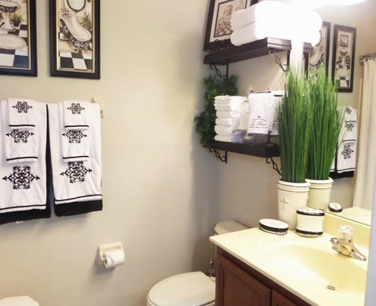 10 Cool Ideas for Bathroom Decorating on a Budget Just DIY Decor - bathroom decorating ideas on a budget