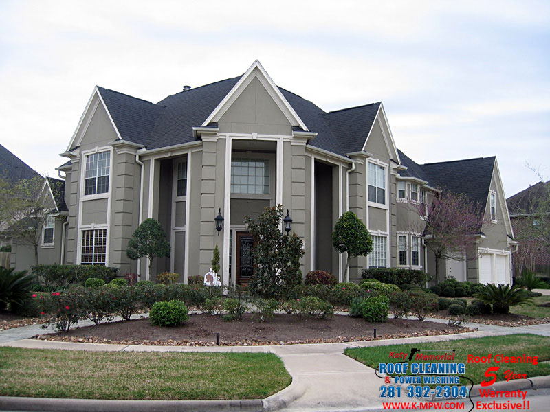 Katy Memorial Roof Cleaning & Power Washing Cleaning Stucco Homes