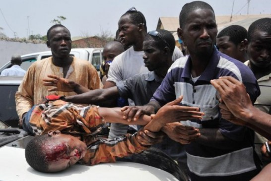 Guinée : un manifestant tué à coups de matraque (Le Monde)