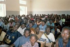 A Kankan, l'état pléthorique des salles de classes fait parler élèves et enseignants!