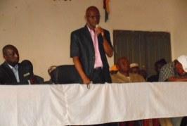 Kankan :  le ministre de l'enseignement pré-universitaire Ibrahima Kourouma  hausse le ton et sanctionne !