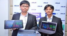 ASUS Kenya Product Manager Derek Sung (L) and ASUS Pan African Manager Alvin Huang (R) showcasing the latest devices during the company's product's launch at Sankara Hotel