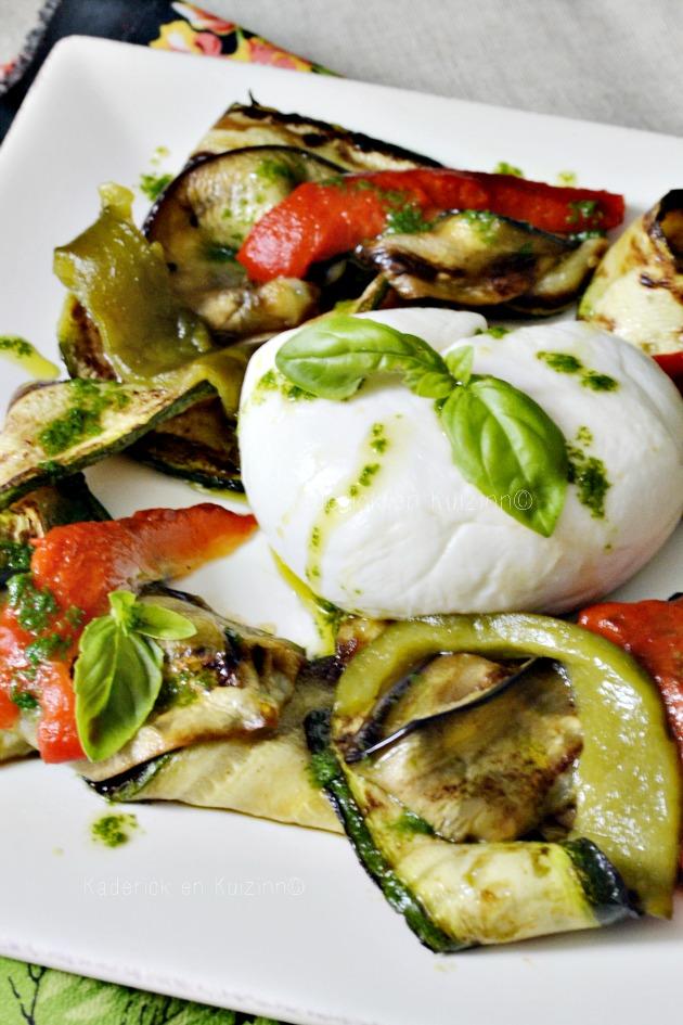 Salade mozzarella l gumes grill s la plancha et pesto for Legumes a la plancha
