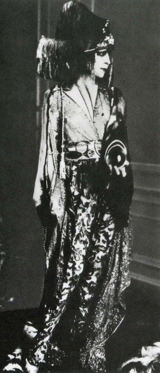 luisa casati in a costume designed by paul poiret in 1913
