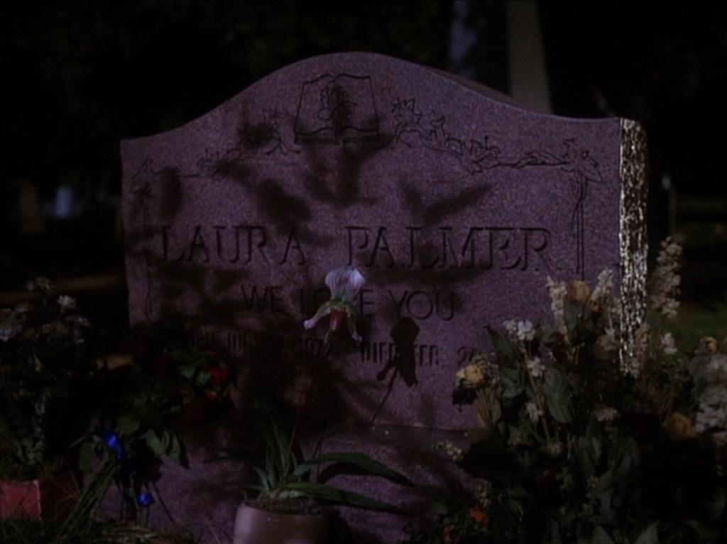 Tomba di Laura, tpep10_218, via intwinpeaks.com