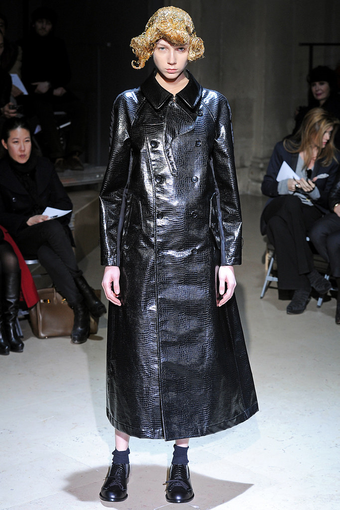 Comme des Garçons Fall 2011 Ready-to-Wear - Collection1, via vogue.com