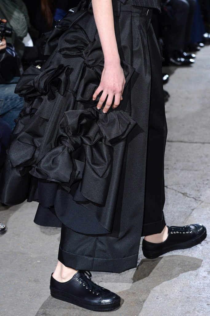 Comme des Garçons Fall 2013 Ready-to-Wear, via vogue.com 6