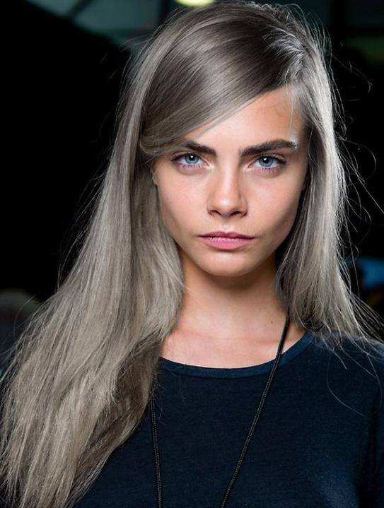 Cara-Delevingne-grey-hair-large