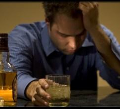 Berhenti Minum Alkohol Kurangi Konflik Rumah Tangga