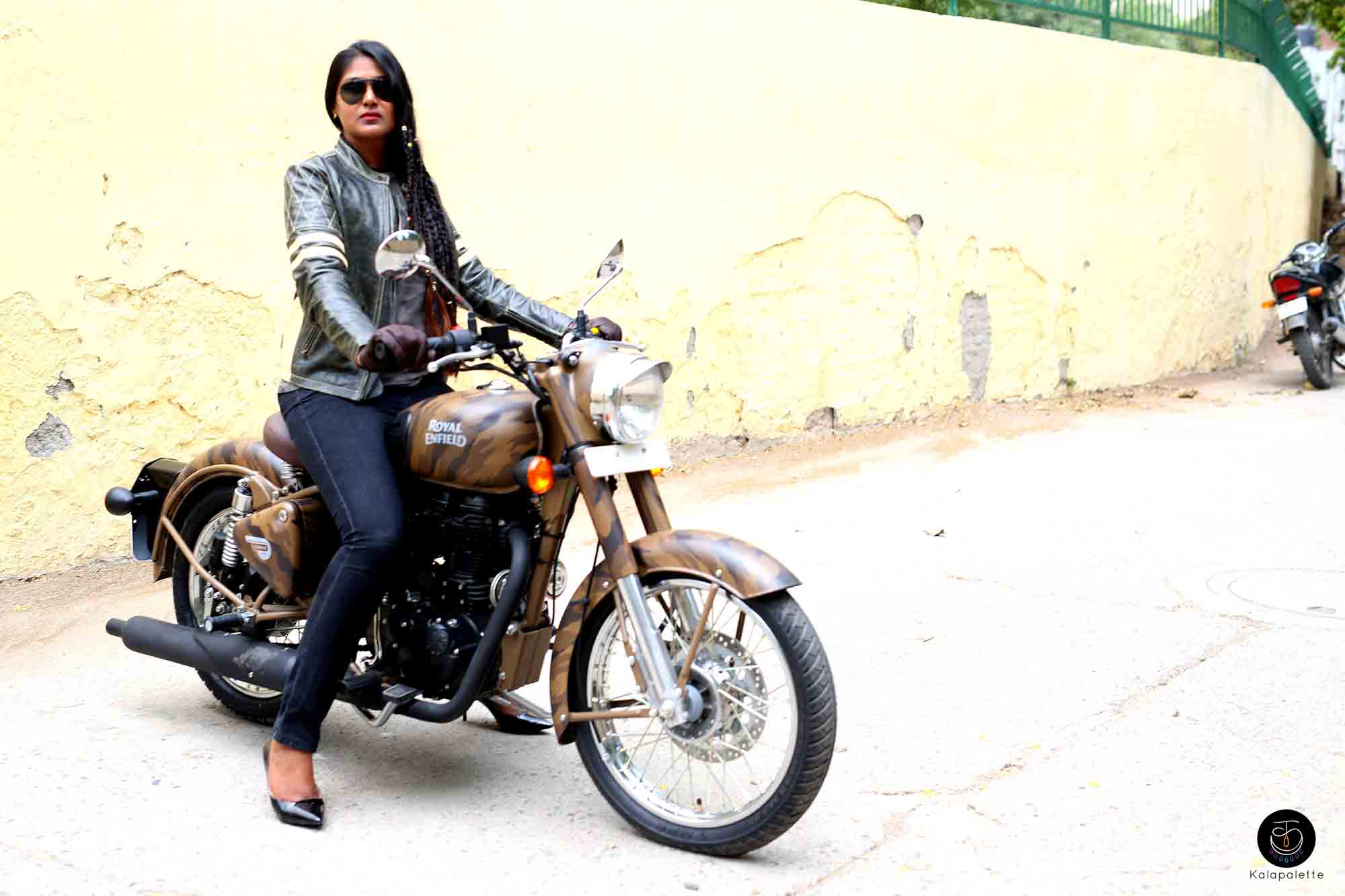 Classic Fall Wallpaper Royal Enfield Riders On The Storm Ootd Kalapalette