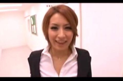 (デブ・むっちりな巨にゅうムービー)[ロケット乳]痴女教師のえろい顔です☆美巨乳お乳むっちりムービーです。