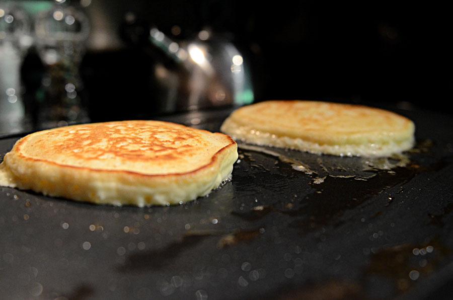 """Restaurant"" Pancakes"
