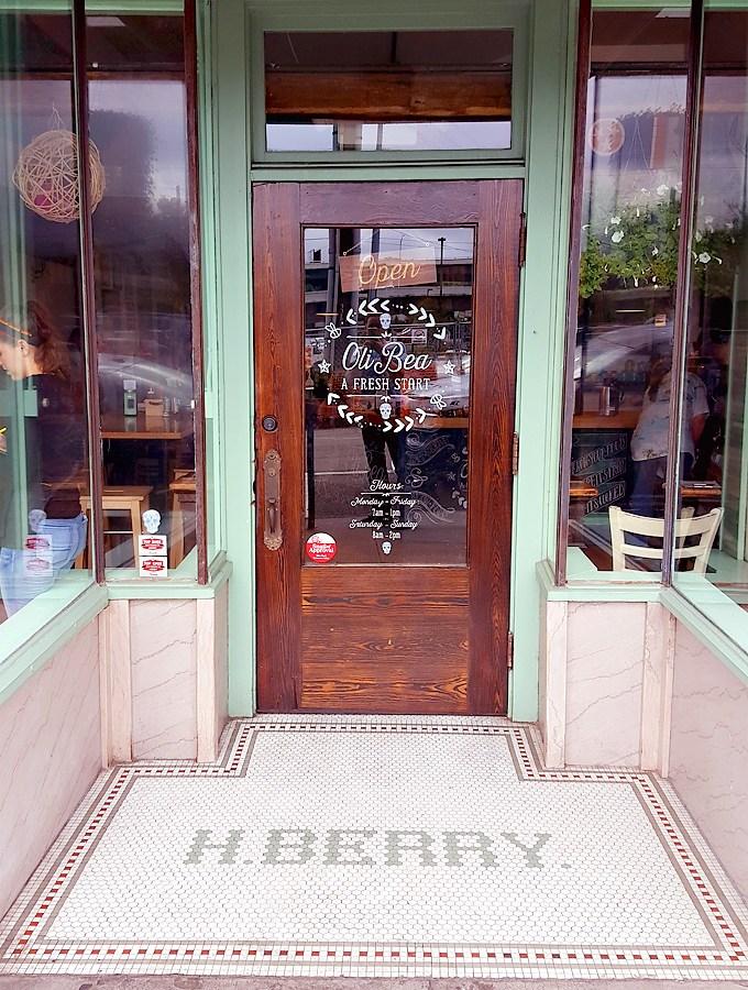 OliBea-Knoxville-Restaurant-Old-City-01