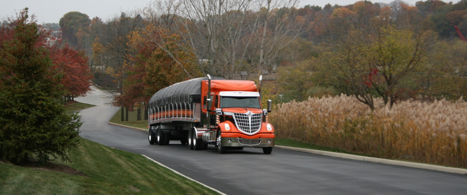 Kaplan Trucking Company offers dependable, flatbed trucking with 70