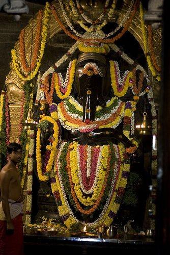kurudmale ganesha temple. Image source http://www.divinebrahmanda.com/2012/09/kurudumale-ganesha-temple-mulbagal-kolar.html