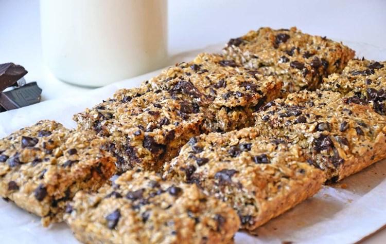 Oatmeal peanut cookie bars