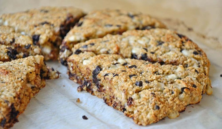 Healthy chocolate chip scones