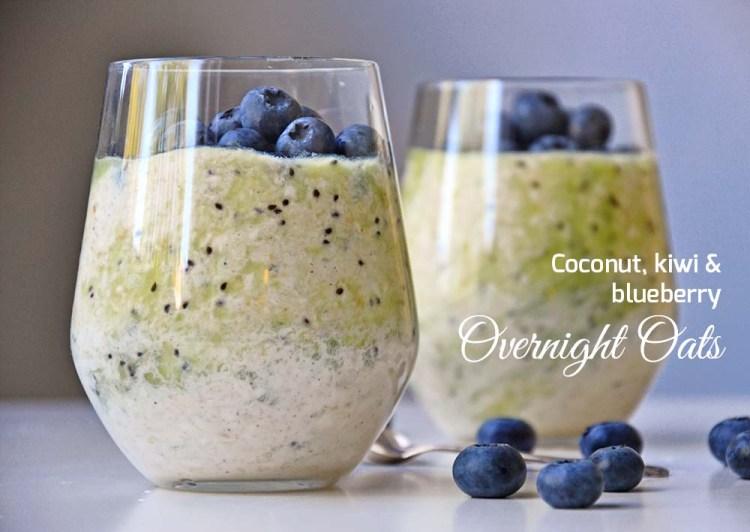 Overnight oats (kjøleskapsgrøt) med kokos, kiwi & blåbær