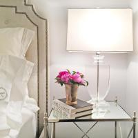 Kedrova Hollywood Regency Crystal Urn Table Lamp | Kathy ...