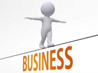 フリーランス、個人事業主が開業時から従業員さんがいる場合には届出書類が増えます