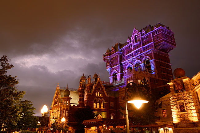 Pc Fall Wallpaper Tokyo Disneysea S Quot Tower Of Terror Quot Will Get Even Scarier