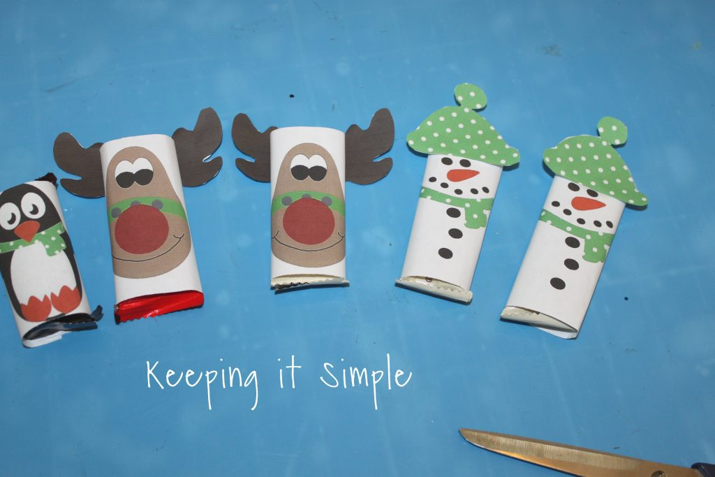 Easy Christmas Treat - Candy Bars with Printable Wrappers \u2022 Keeping