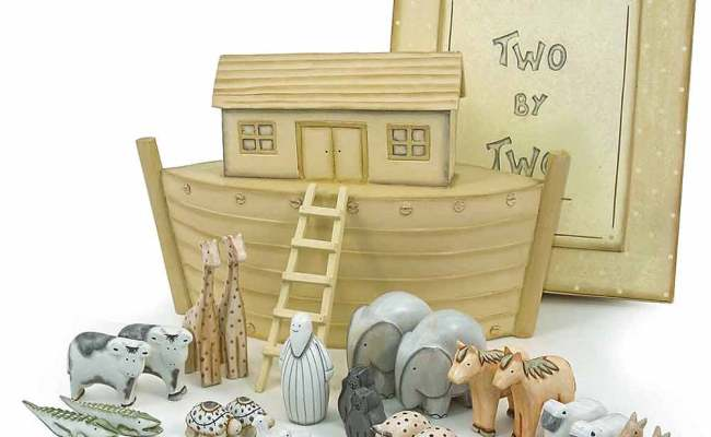 Personalised Hand Made Wooden Noahs Ark Gift Set